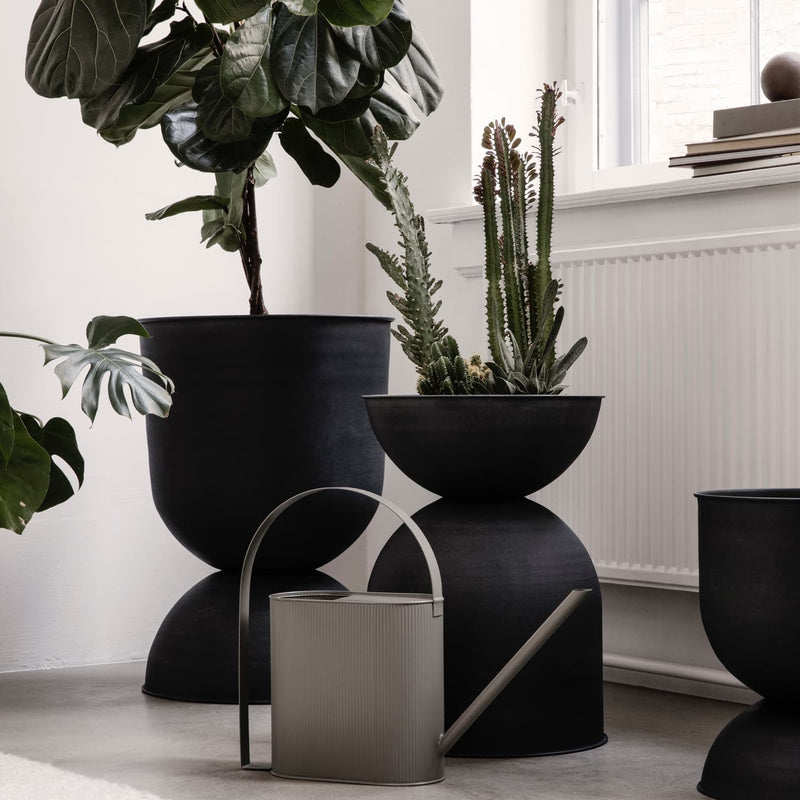 Hourglass Pots - Batten Home