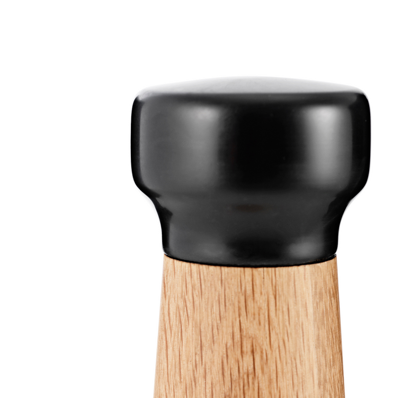 The Craft Pepper Mill is just one piece of the beautiful collaboration between Normann Copenhagen and Danish designer Simon Legald. The Craft Collection offers a variety of kitchen essentials, made of quality materials that are suitable for everyday use.
