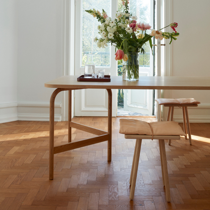 The Skagerak Aldus Table 180 is a beautiful oak dining table with trestle style legs and soft rounded edges which offers classic Scandinavian styling and simplicity.  Manufactured by Skagerak of Denmark, the Aldus table offers plenty of room for 4-6 people and it's solid oak legs feature adjustable legs which allows you to level the table perfectly, avoiding wobbles from uneven floors.