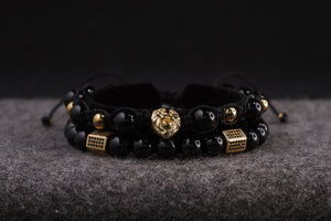 UNCOMMON Men's Beads Bracelet One Gold Lion Charm Black Onyx Beads