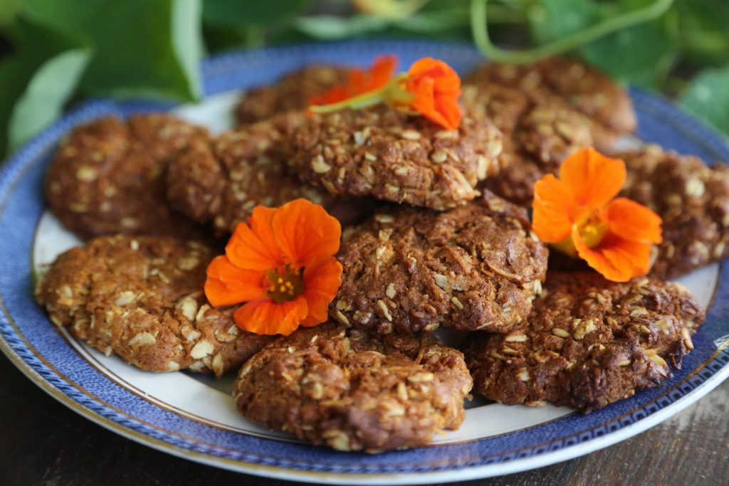 Anzac Biscuits with Reishi and Hemp Vegan Protein