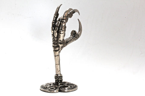 Raven Claw Wall Hook in White Bronze