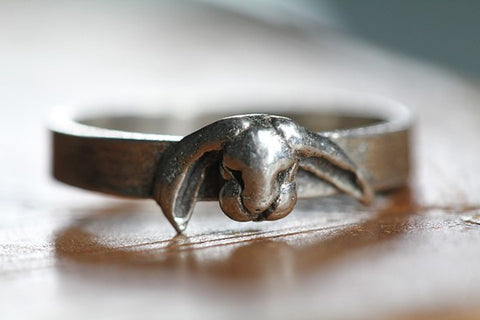 Tiny Rabbit Ring