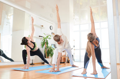 Strengthen your core - Why Yoga & Spinning Make for a Great Exercise Combo - majisports