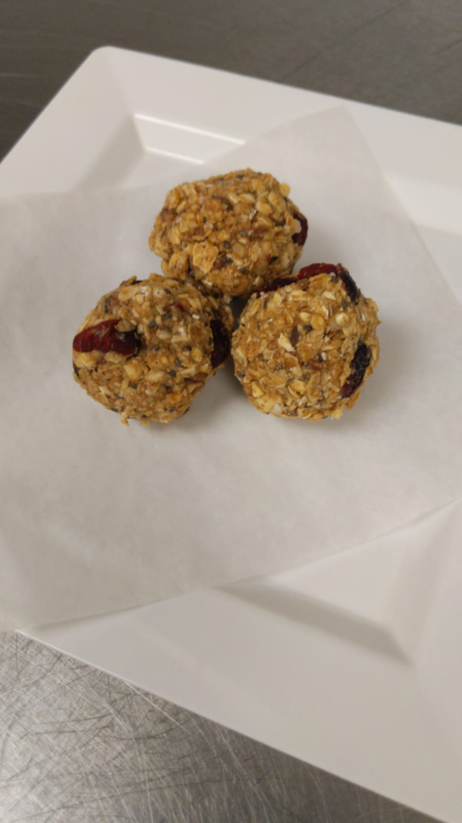 Oatmeal Raisin Protein Power Balls