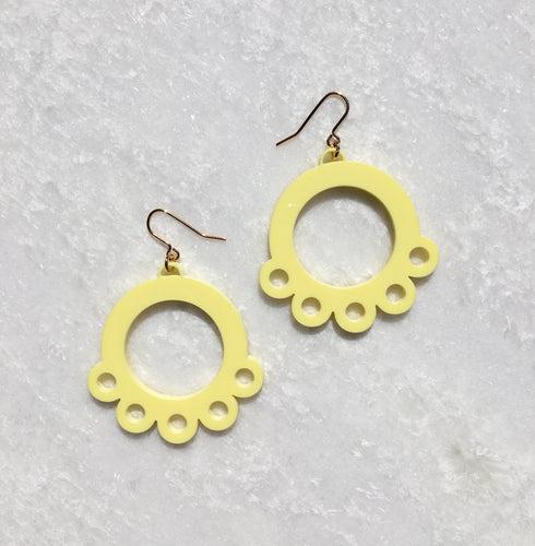 Daisy Drop Earrings in Yellow