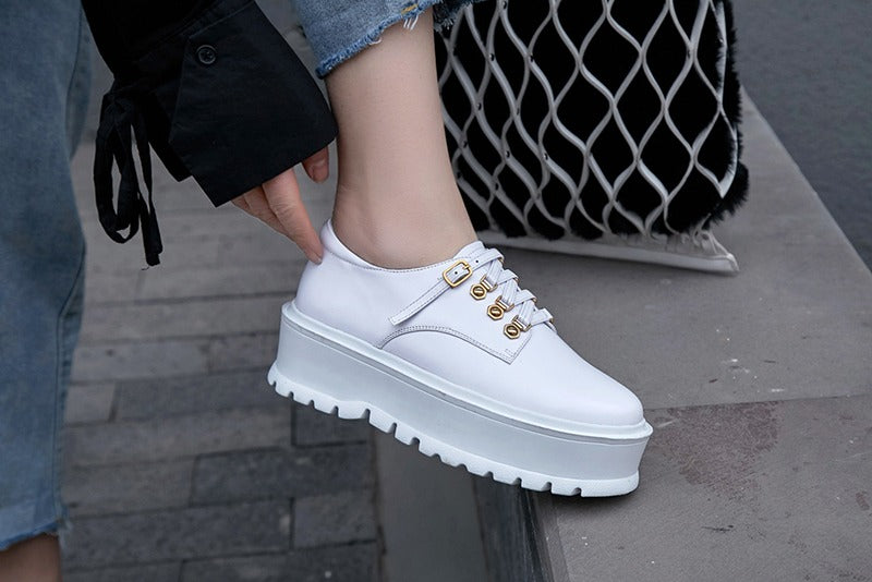 THE NEXT WAVE OF UGLY SNEAKER TREND IS ELEVATED WITH PLATFORMS