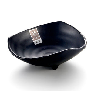 6.8 Inch Matte Black Melamine Triangle Salad Bowl YG140153MS