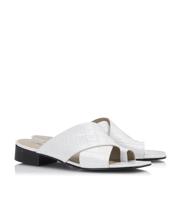 Shoe Biz Canyon Croco Slipper White
