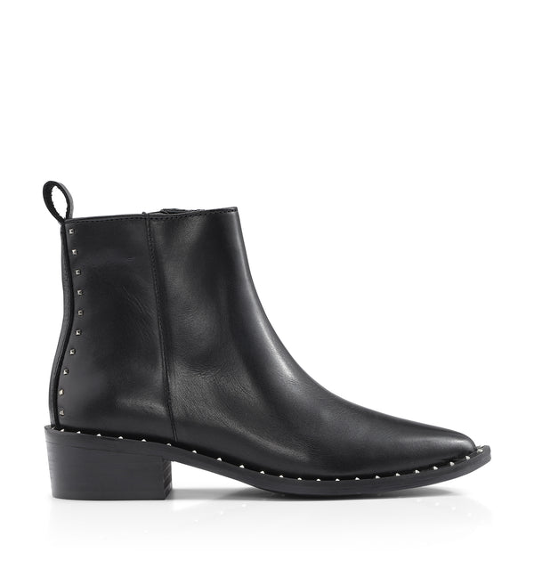 Shoe Biz Pearson Short Boot Black