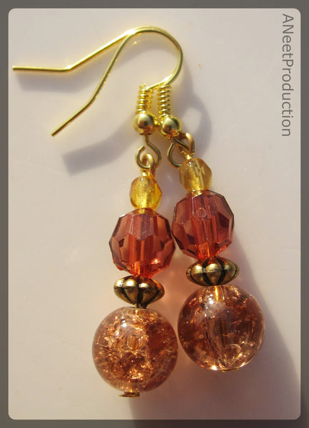 Vintage-inspired peach crackle-glass earrings