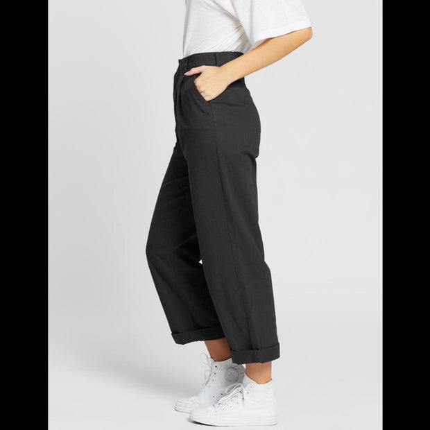 Victory Trouser Pant in Black 1120