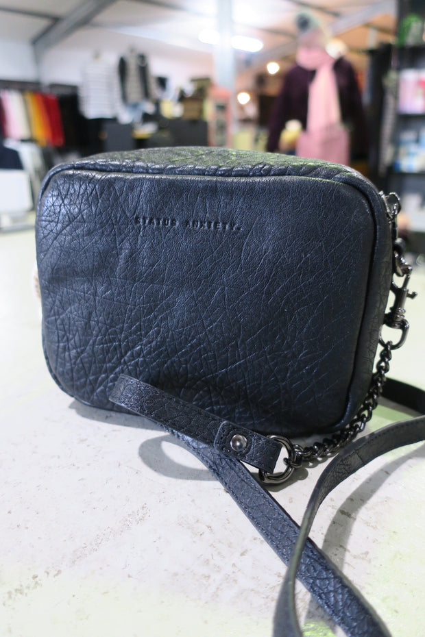 Cult Bag Black Bubble 620