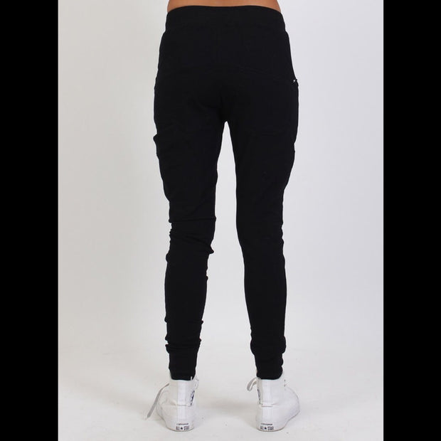 Escape Trackies Black/Silver 720