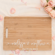 Load image into Gallery viewer, Personalized wooden chopping board