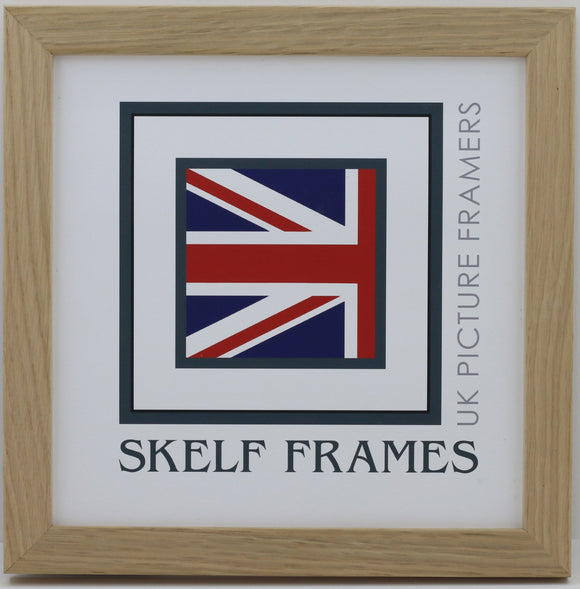 20mm Light Oak Veneer Wood Frame Square Frame with Glass