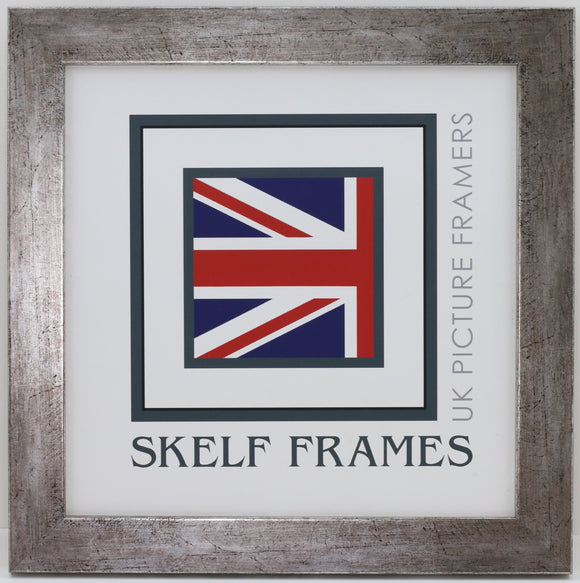 Flat Antique Silver Square Frame With Glass