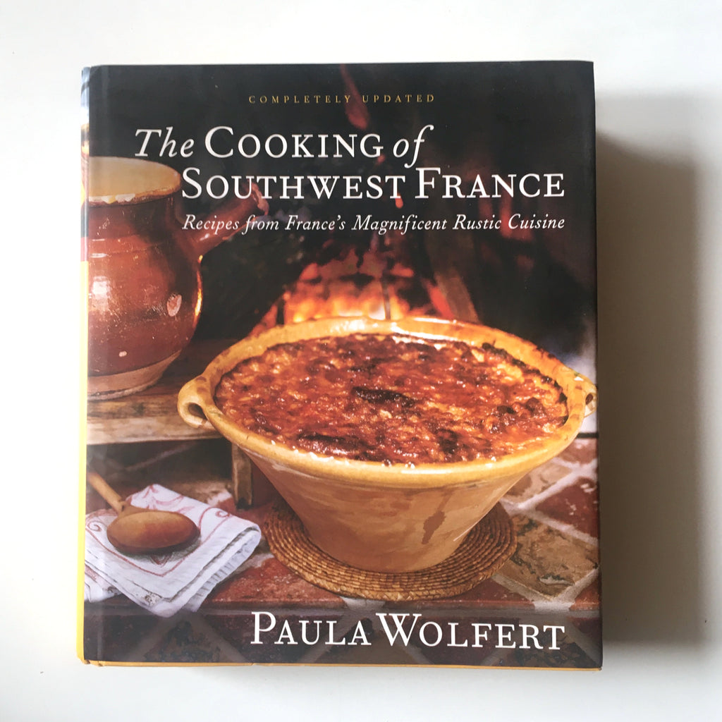 The Cooking of Southwest France: Recipes from France's Magnificient Rustic Cuisine (Paula Wolfert) Previously Owned