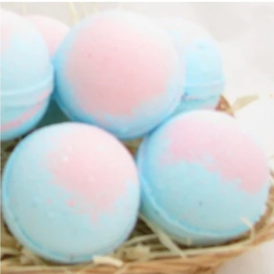 Delicious Scented Bath Bombs - With Ring Inside