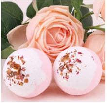 Load image into Gallery viewer, Delicious Scented Bath Bombs - With Rings & Earrings Inside