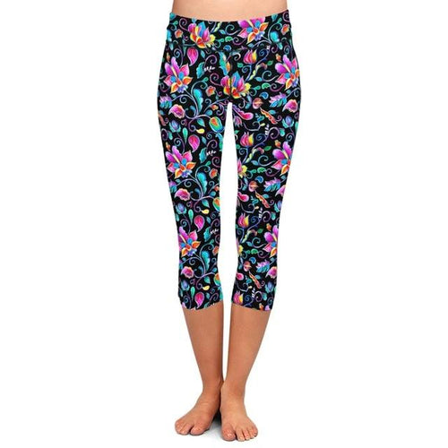 Womens Black & Floral Capri Leggings