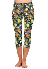 Load image into Gallery viewer, Ladies Under-The-Sea Printed Brushed Capris