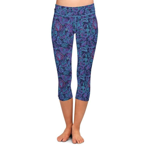 Ladies Beautiful Blue Paisley Printed Capri Leggings