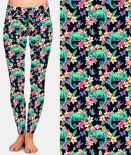 Load image into Gallery viewer, Ladies Fashion Green Chameleon & Butterflies Printed Leggings
