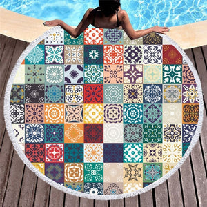 Gorgeous Floral Patterned Round Beach Towels