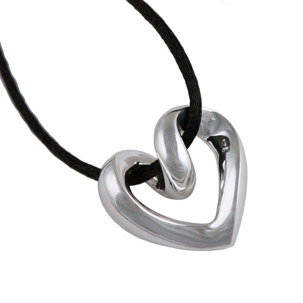 Silver Pendant - Twisted Heart