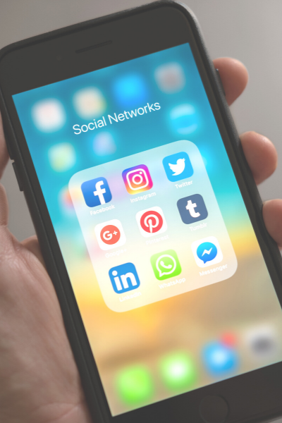 social media icons of iPhone
