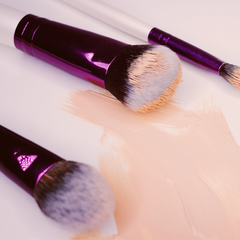 makeup brushes with concealer