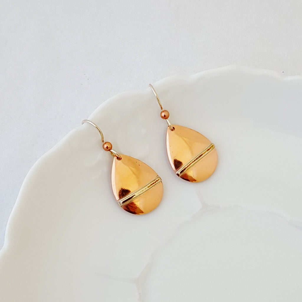 An Artful Balance in Pear - Earrings