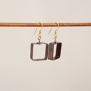 Black to Basics in Squares Sm - Earrings