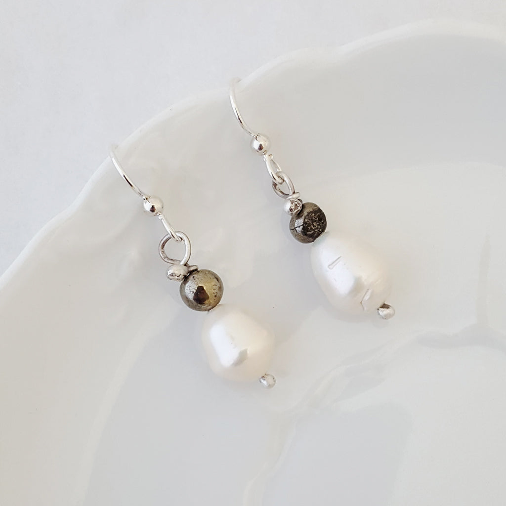 Pearly Days - Earrings