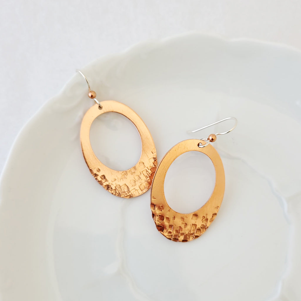 Urban Classic in Oval I - Earrings
