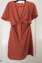 Load image into Gallery viewer, Dress by Staple the label - preloved