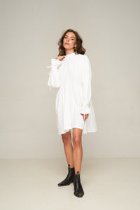 Alexa Dress White by Rue Stiic Online at Jessie Sue with FREE EXPRESS shipping & FREE RETURNS in Australia. FREE STANDARD shipping WORLDWIDE (minimum spend $150), AFTERPAY.  $20 OFF your first order, 100% SAFE & SECURE Made from 100% cotton, the Alexa Dress is featuring loose fit through the body and voluminous sleeve