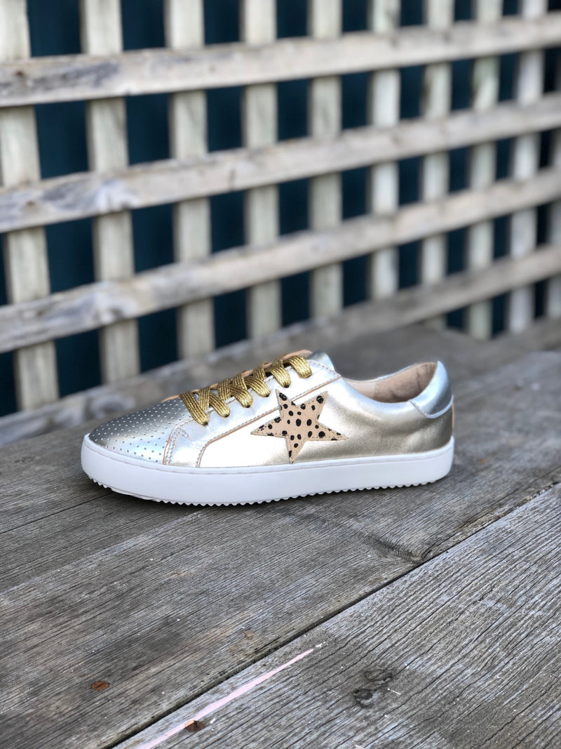 Alfie and Evie Valdo Sneakers Gold and Silver