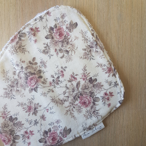 Vintage floral burp cloth