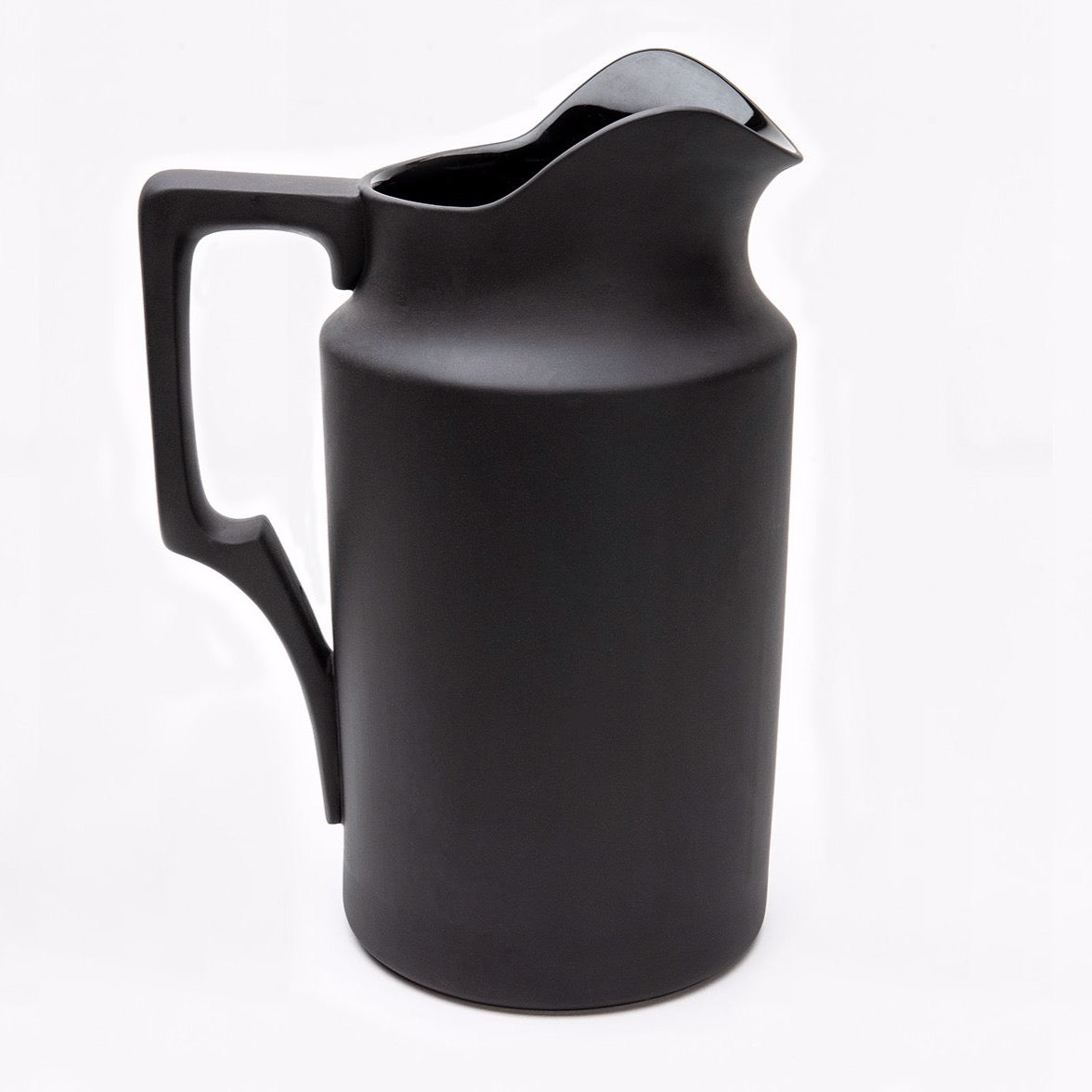 still life pitcher no. 3, matte black