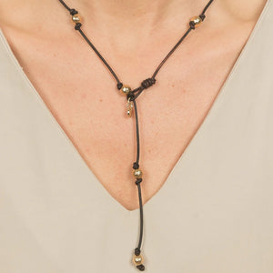 Hammered Metal Loop Necklace