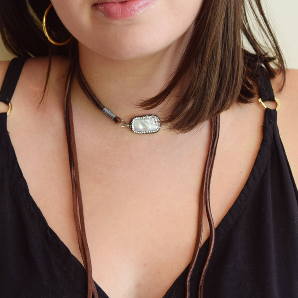 The Victoria Necklace in Pearlescent