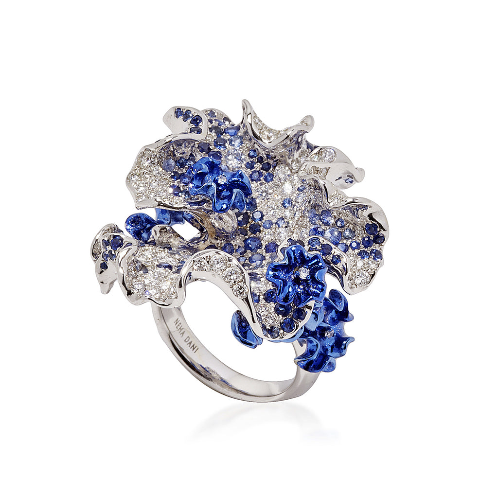 White gold and blue rhodium bloom ring
