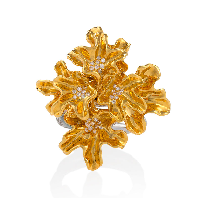 Yellow gold bloom ring studded with white diamonds