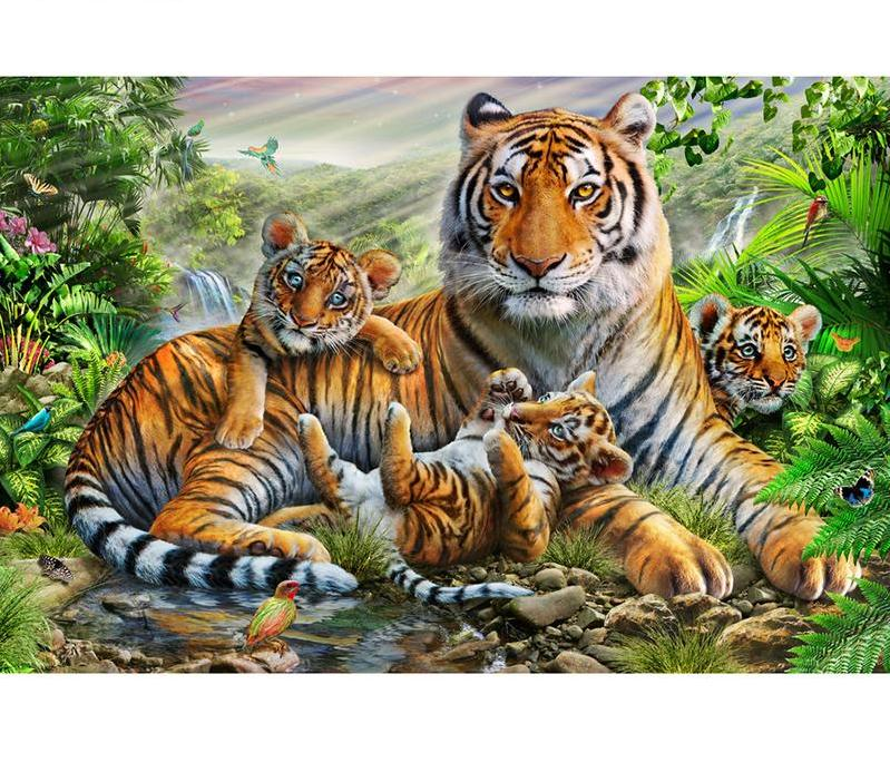Cute Tiger family Embroidery 5D DIY Paint By Diamond Kit