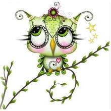 Green Owl Staring Up 5D DIY Paint By Diamond Kit - Paint by Diamond