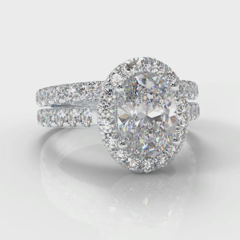 Micropavé Oval Diamond Halo Bridal Set