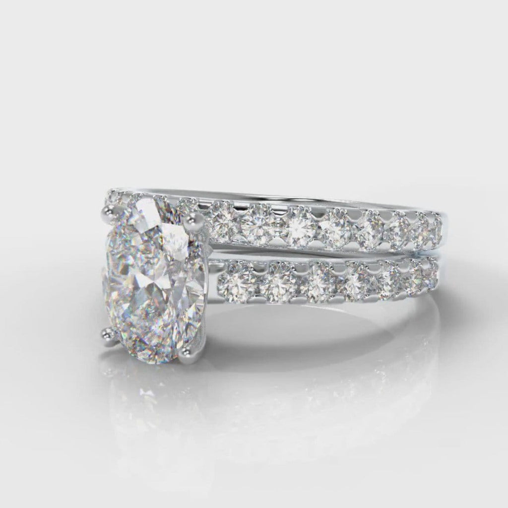 Carrée Micropavé Oval Diamond Bridal Set