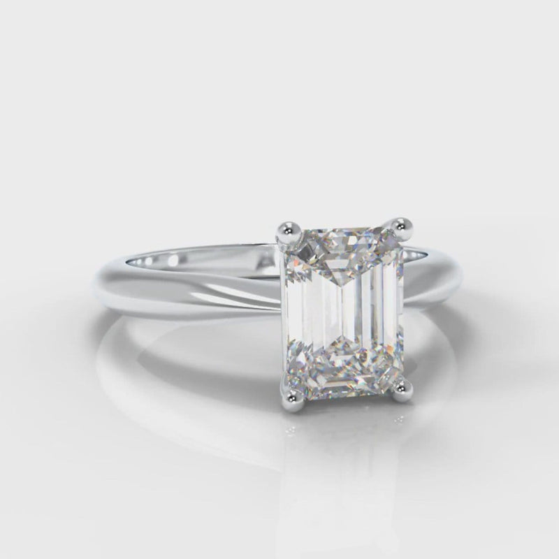 Carrée Solitaire Emerald Cut Diamond Engagement Ring